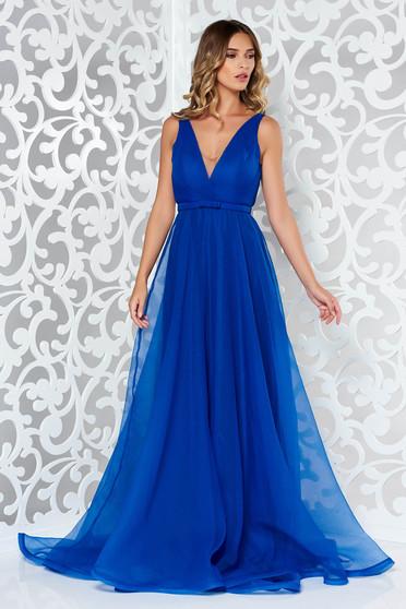 Ana Radu blue luxurious from veil dress with inside lining with v-neckline accessorized with tied waistband