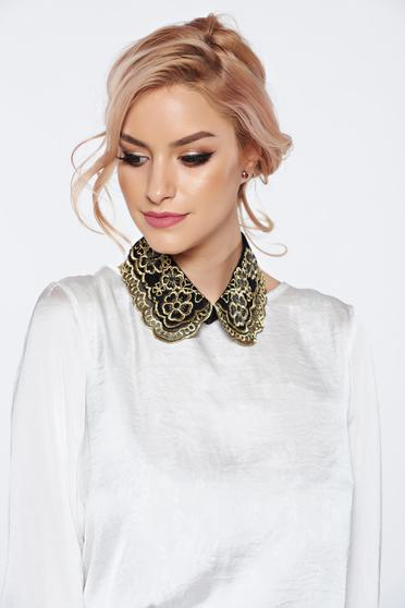 StarShinerS black necklace with embroidery details