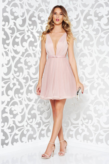 Ana Radu cloche lightpink luxurious dress with a cleavage from tulle with inside lining accessorized with tied waistband