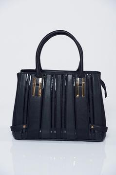 Black office bag with metalic accessory