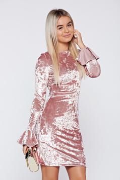 StarShinerS rosa occasional velvet dress with ruffled sleeves