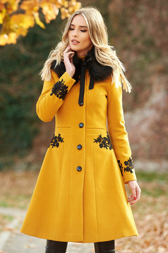 LaDonna best impulse elegant embroidered from wool with inside lining mustard coat