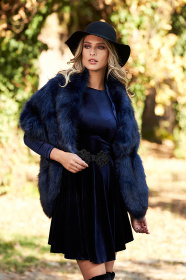 Darkblue elegant fur with inside lining