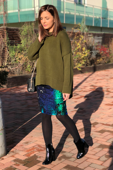 StarShinerS green skirt with sequins pencil with elastic waist