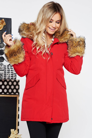 SunShine red jacket casual with pockets from slicker with inside lining with faux fur accessory