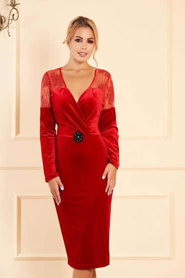 Artista occasional velvet pencil red dress with a cleavage