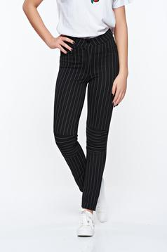 Ocassion black casual trousers from elastic fabric with faux pockets with medium waist