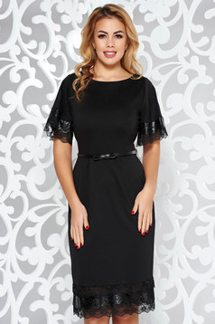 StarShinerS black elegant dress with faux leather details accessorized with belt slightly elastic fabric