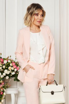 Lightpink jacket with inside lining office from non elastic fabric arched cut