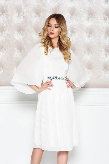 StarShinerS white occasional embroidered dress from veil fabric with inside lining folded up