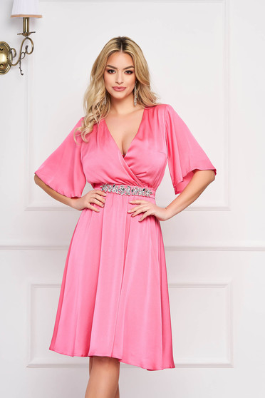 StarShinerS rosa occasional dress from satin fabric texture with inside lining accessorized with tied waistband with embellished accessories