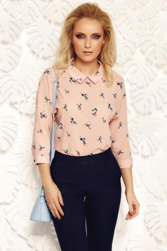 Fofy rosa elegant women`s blouse with easy cut airy fabric with pointed collar