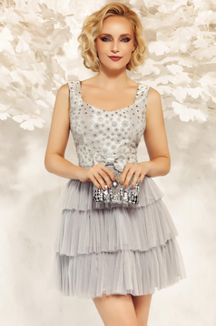 Fofy grey dress occasional from tulle with inside lining with ruffle details cloche