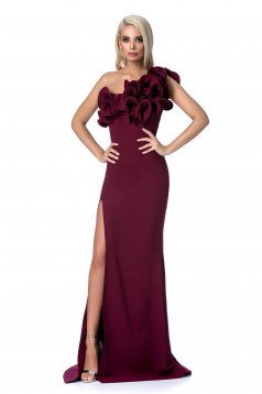 Burgundy occasional long mermaid dress with ruffle details with tented cut