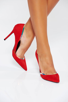 Red elegant shoes from ecological leather with metalic accessory
