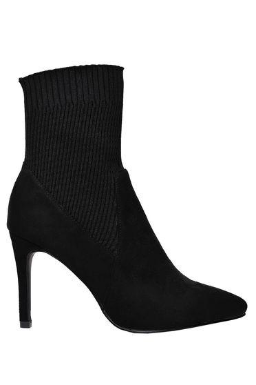 Top Secret black ankle boots slightly pointed toe tip