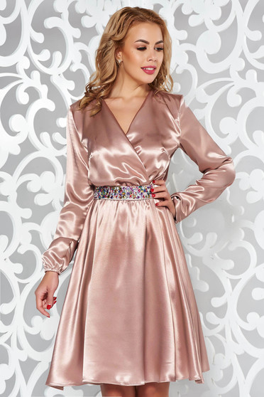 StarShinerS cream occasional dress from satin fabric texture accessorized with tied waistband with embellished accessories with elastic waist