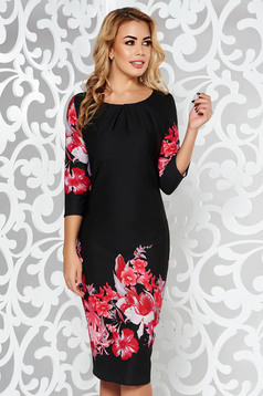 Black daily midi dress from elastic fabric with tented cut with 3/4 sleeves