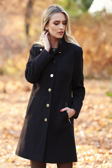 Black basic coat slightly elastic fabric with inside lining with pockets
