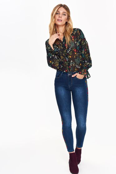 Top Secret blue casual skinny jeans with medium waist with pockets embroidered details