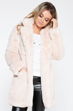 Fur lightpink from ecological fur with inside lining elegant with pockets