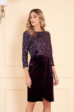 StarShinerS purple occasional dress with tented cut from velvet with inside lining with sequins