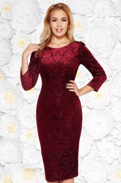 Burgundy occasional pencil dress from velvet fabric with inside lining with raised flowers