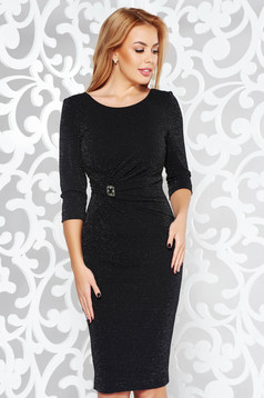 Black occasional pencil dress slightly elastic fabric with inside lining with lame thread accessorized with breastpin