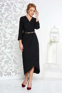 Black elegant dress slightly elastic fabric with inside lining accessorized with belt
