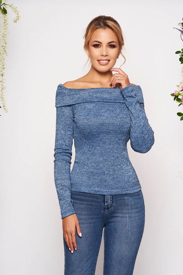 StarShinerS blue sweater knitted fabric with tented cut on the shoulders with long sleeves