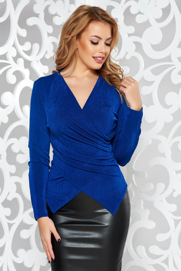 StarShinerS blue occasional top shirt with tented cut with v-neckline