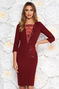 Burgundy occasional pencil dress slightly elastic fabric with inside lining lace and sequins details