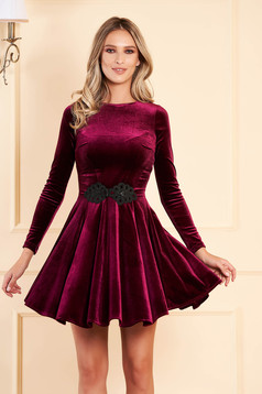 Artista purple dress from velvet with embroidery details cloche occasional