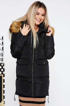 Black casual from slicker jacket with inside lining with undetachable hood with faux fur accessory