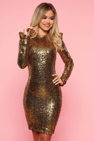Gold occasional dress with tented cut with sequins with inside lining