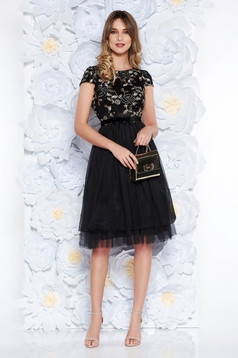 StarShinerS black dress occasional cloche laced from tulle with inside lining accessorized with tied waistband