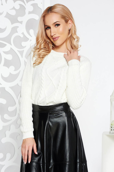 White casual flared short cut sweater knitted fabric