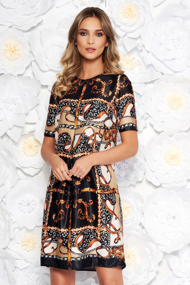PrettyGirl black daily dress with straight cut from satin fabric texture short sleeves
