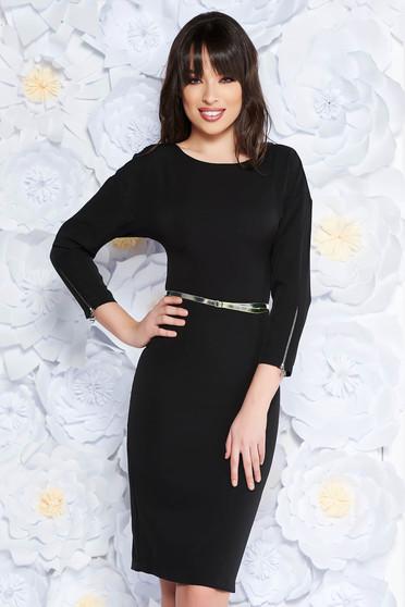 PrettyGirl black elegant midi dress slightly elastic fabric with inside lining accessorized with belt