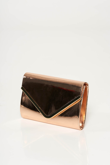 Gold occasional clutch bag from shiny fabric with metalic accessory long chain handle