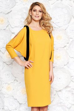Mustard elegant dress with straight cut thin fabric both shoulders cut out