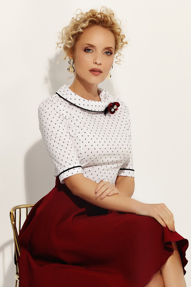Fofy white office women`s shirt with tented cut slightly elastic cotton accessorized with breastpin