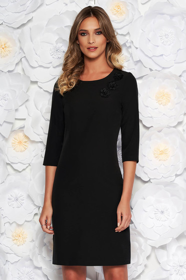 Black elegant dress slightly elastic fabric with inside lining with embroidery details