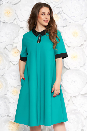 Green elegant midi flared dress soft fabric with pockets with small beads embellished details