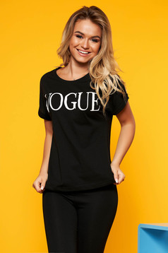 Black t-shirt casual with tented cut slightly elastic cotton texted