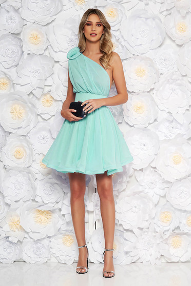 Ana Radu luxurious mint dress from veil fabric with inside lining cloche accessorized with tied waistband