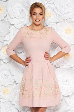 Rosa elegant cloche dress slightly elastic fabric with inside lining with lace details