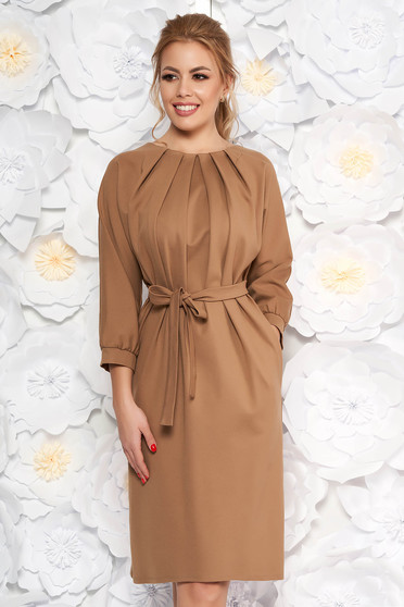 Brown office dress slightly elastic fabric accessorized with tied waistband pleats at the bust