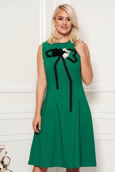Artista green elegant cloche dress slightly elastic fabric handmade applications