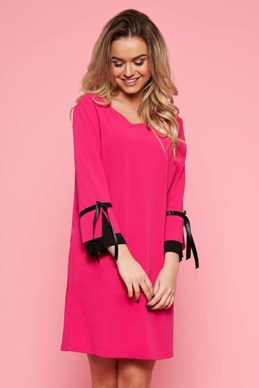 Fuchsia elegant dress from elastic fabric with easy cut with 3/4 sleeves